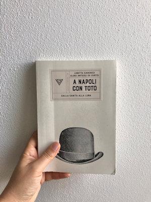 Copertina libro: A Napoli con Totò